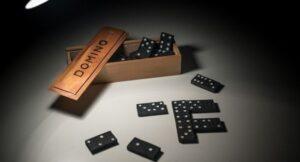 dominoes game hindi